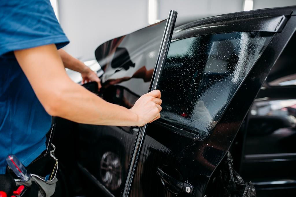Тонировка автомобильных стекол снижает УФ-излучение