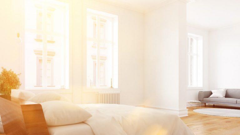 sun lighting up a room durimng summer