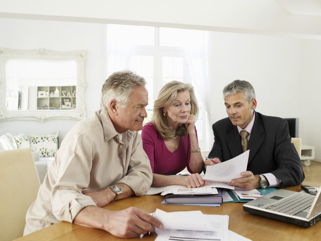 retirement plans lawyer discussing with couple