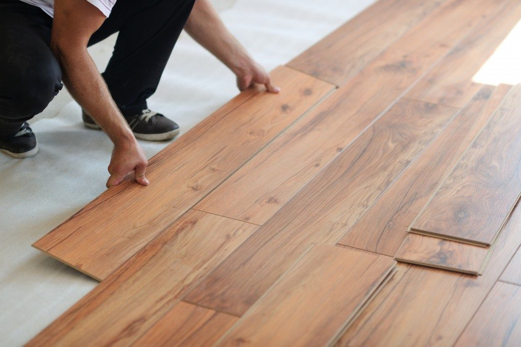Wooden finish laminate flooring